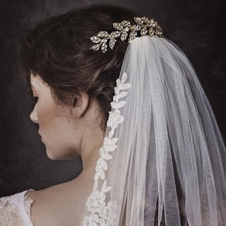 elegant golden crystal embellished leaves bridal hair comb for veil