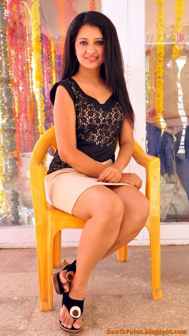 Nikita Bisht Hot Photo Gallery