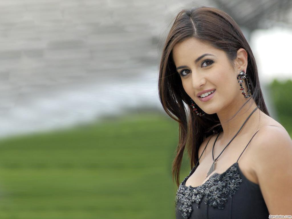 Woos Pigs Katrina Kaif Full Hd Wallpaper-9218