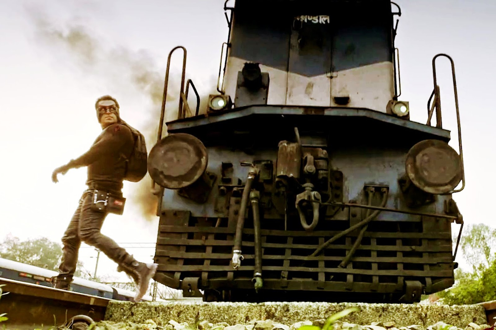 Salman Khan's train stunt in Kick