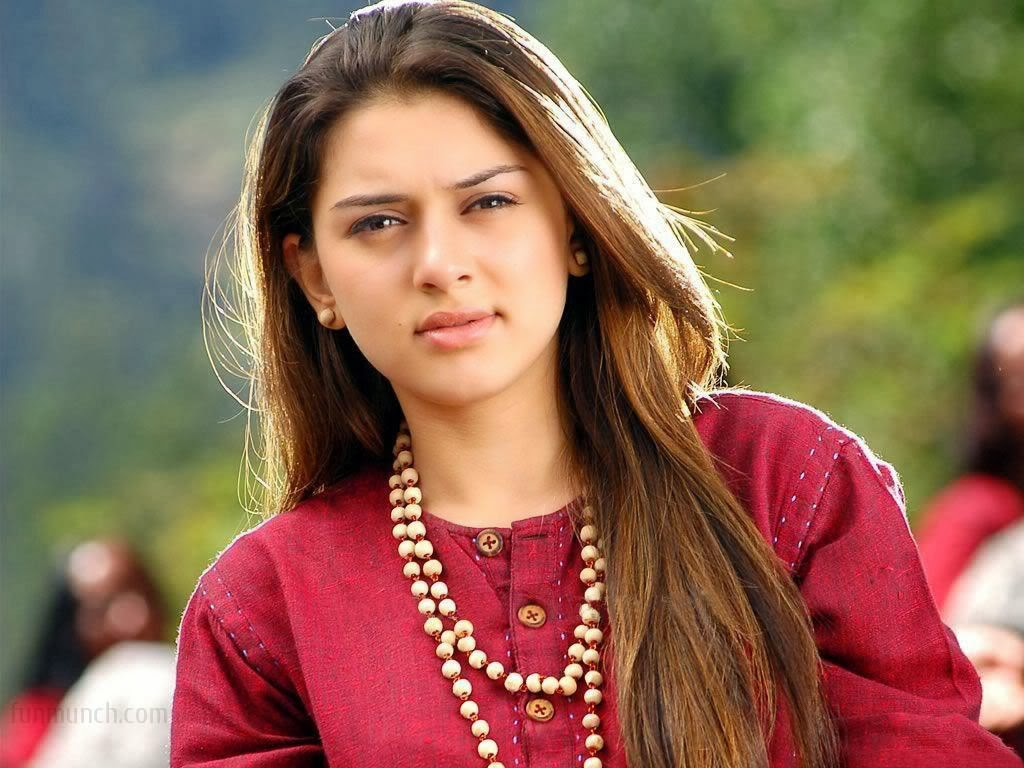 Bollywood Actress Hansika Wallpapers Hd Backgrounds: Gossips And HD Wallpapers Of Hansika Motwani
