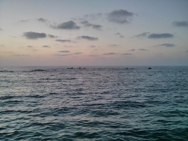 ים רגוע בנמל יפו