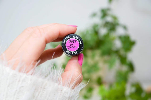 Chiodo Rich Pink nr 267 fuksjowy róż
