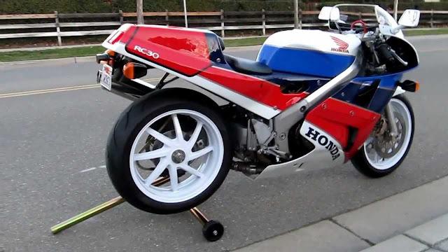 Honda RC30 HD Photos