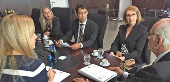 TRE/AL e prefeitura de Maravilha se reúnem e tratam sobre manutenção de cartório eleitoral