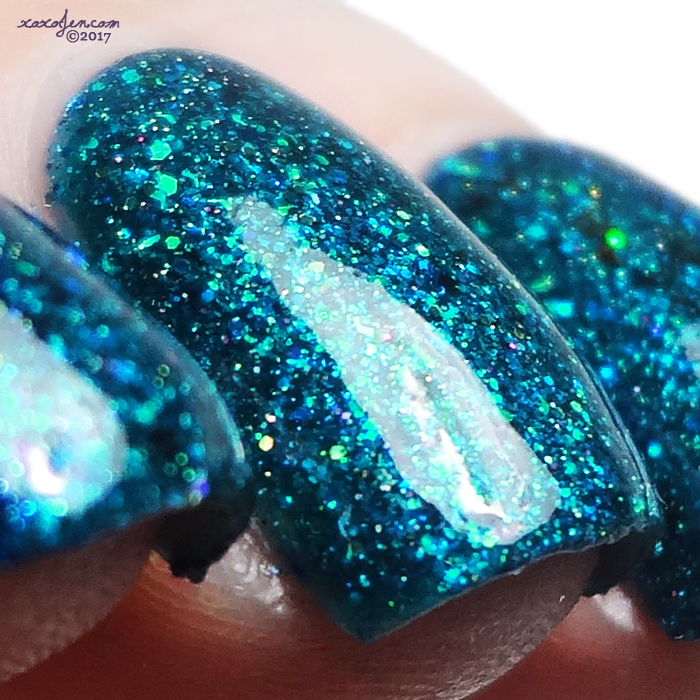 xoxoJen's swatch of Envy Make Waves