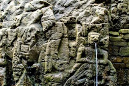 Relief di Desa Bitera Gianyar