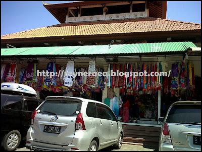 pasar baru sukawati Bali