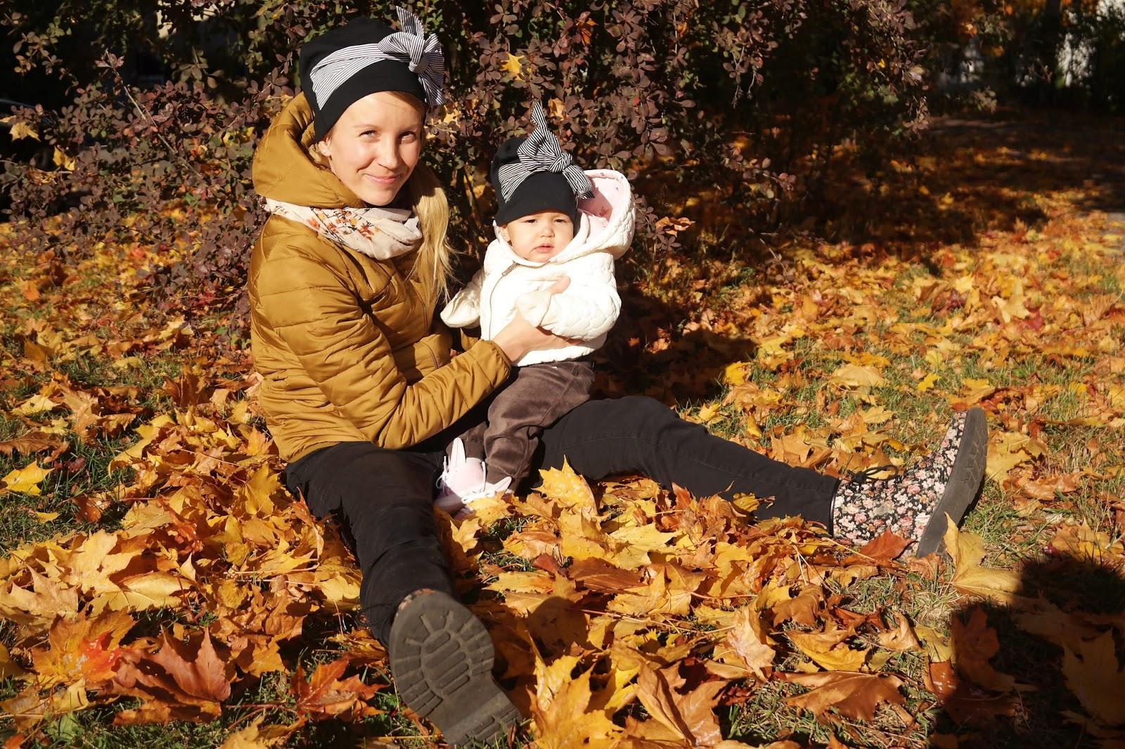äidin kanssa syksyllä