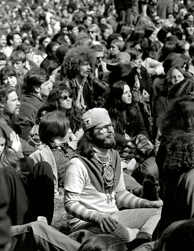 woodstock a peaceful rock revolution essay Free essay: woodstock: a peaceful rock revolution to some, the 60s were a  decade of discovery as americans first journeyed to the moon others remember .
