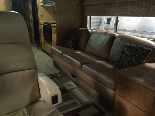 Used Rvs 1973 Mci Challenger 5b Bus Conversion For Sale By