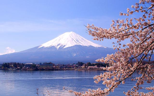 Tempat Paling Romantis di Jepang Gunung Fuji