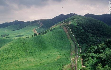 https://4.bp.blogspot.com/-tslLiCcmrgc/TigTLa1kiEI/AAAAAAAAB1U/2Ky0wS9zUew/s1600/korea-dmz-demilitarized-zone-nature.jpg