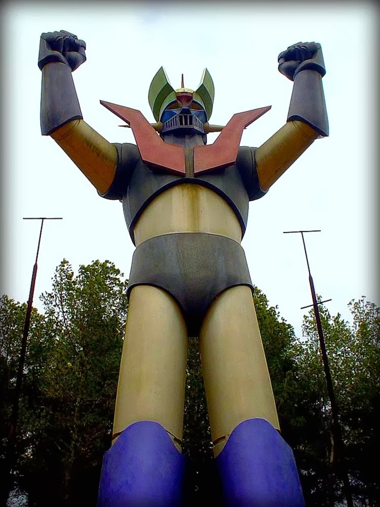 """Mazinger Z"" Mas del Plata, Spain ""Mazinger Z"", if someone does not know - is a popular Japanese comics and cartoons about fighting robots, were born back in 1972 by the artist Go Nagai. Comics had a marked effect on the ""Transformers"" and ""Power Rangers"", not to mention countless other movies, books, and cartoons."