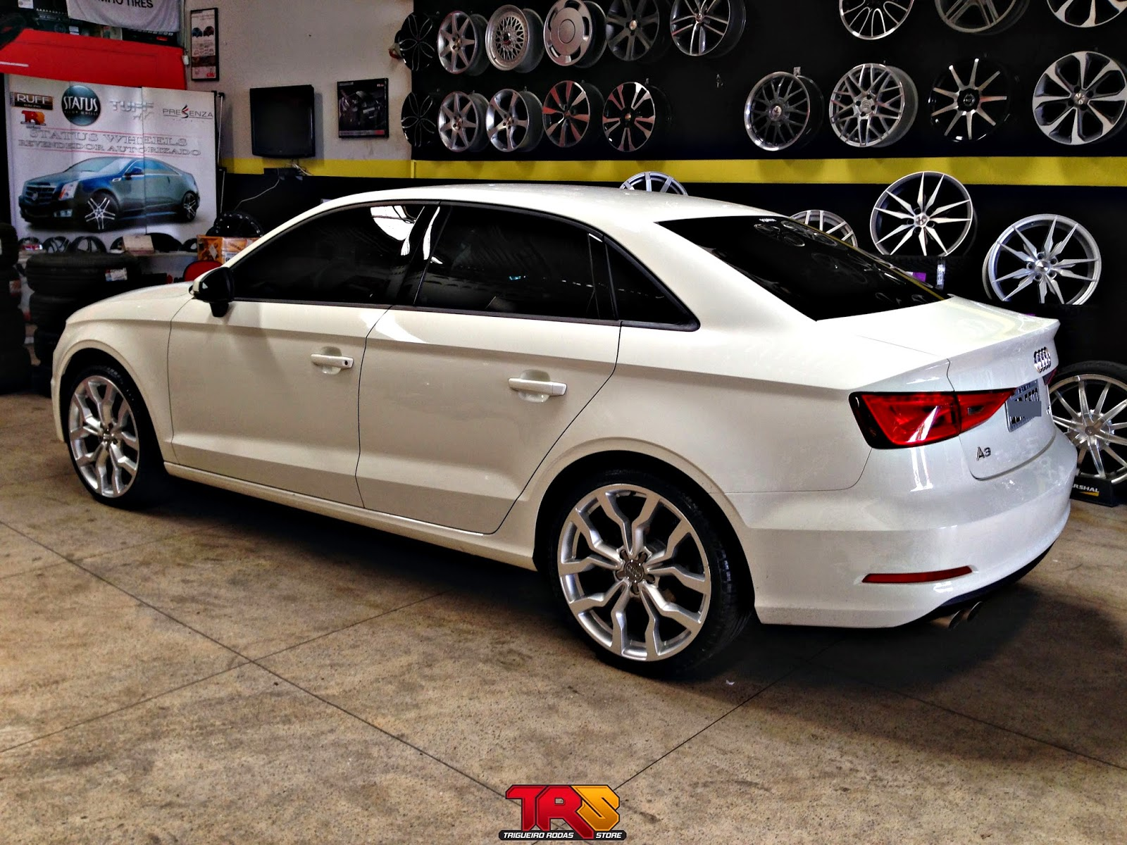 Audi Ba B B