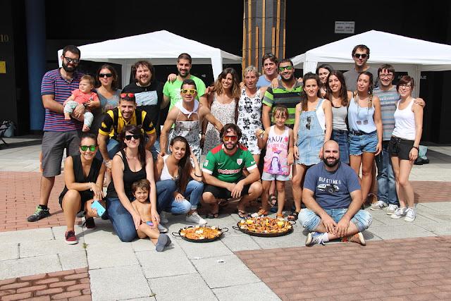 Participantes en los concurso gastronómicos de las fiestas de Burtzeña en 2016