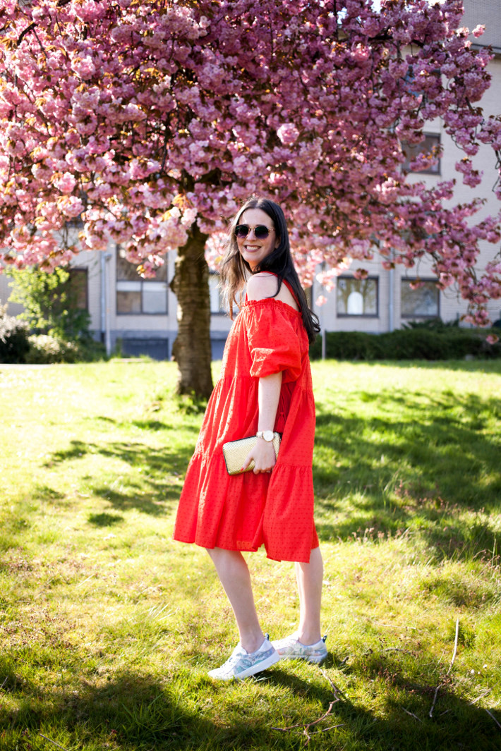 Outfit: H&M red off shoulder dress with sneakers, cherry blossoms