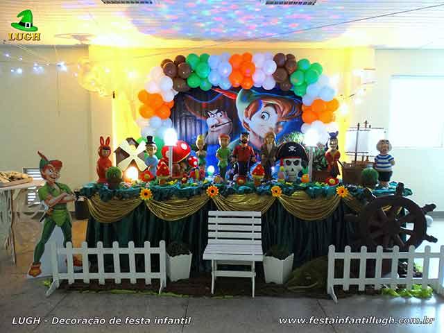 Decoração Peter Pan para festa de aniversário infantil - Mesa decorada na Barra, Rio de Janeiro (RJ)