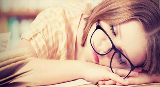 5 tanda bukti seseorang kurang tidur