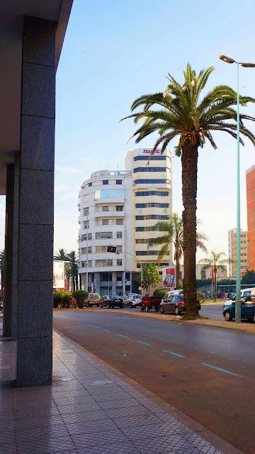 Изображение фрагмента Бульвара Мохамеда Смиха в Касабланке