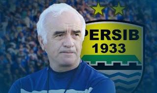 Mario Gomez Jadi Pelatih Persib Bandung