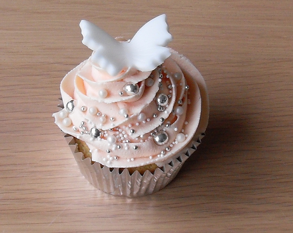 Rhea Sunshine Designs: Wedding Cupcake Ideas For Myranda