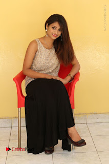 Tollywood Upcoming Actress Arthi Stills in Black Skirt at Plus 1 Movie Trailer Launch  0111.JPG