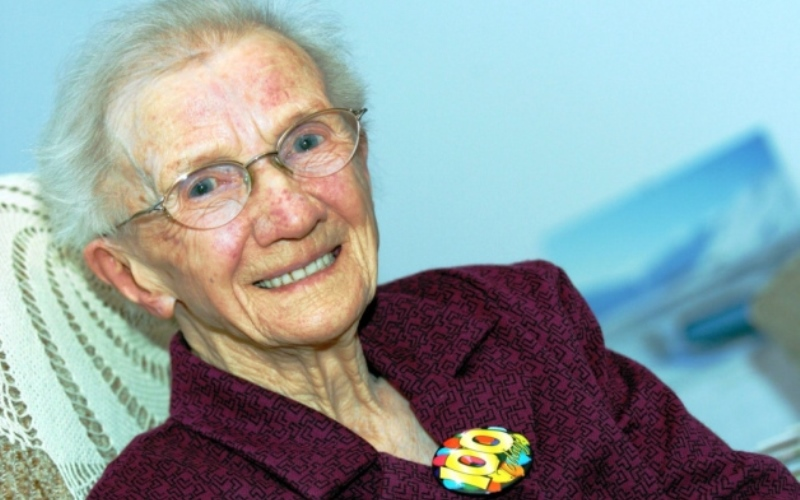Jessie Gallan ,  Centenarian Woman
