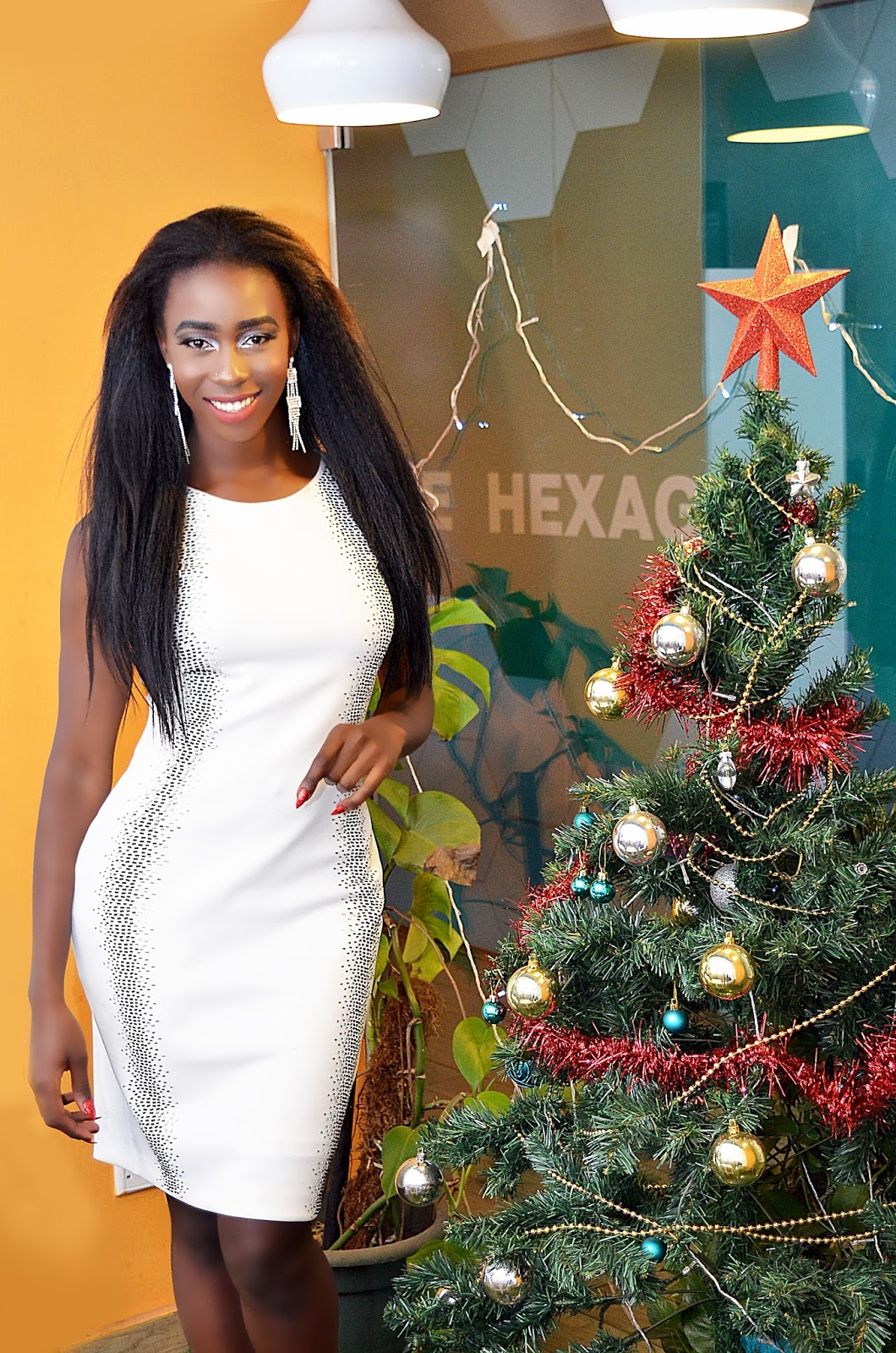 Calvin Klein, kenyan fashion blogger,  white dress, christmas outfit, what to wear for christmas, little white dress, style with Ezil, fashion blogger
