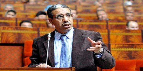 """برلماني للرباح : سامير"""" من ستوفر الأمن الطاقي وليست """"الساعة الإضافية"""""""