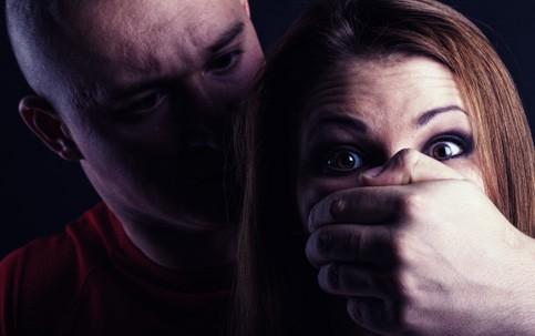 Homem é preso após tentar estuprar adolescente, em Itaquitinga.