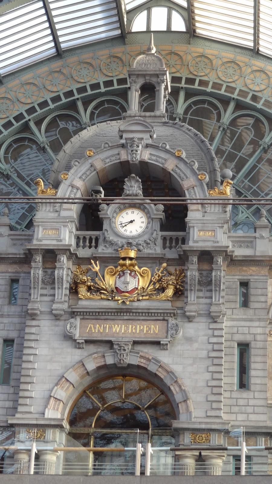 【比利時自由行】安特衛普中央車站及行李寄放 | 真幸福