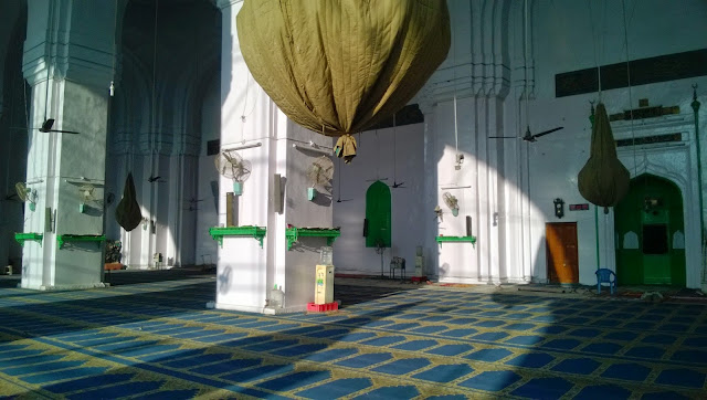 Makka Masjid from inside