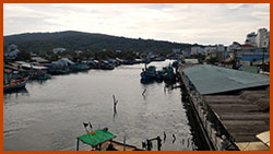 Sông Dương Đông - chụp từ cầu Nguyễn Trung Trực
