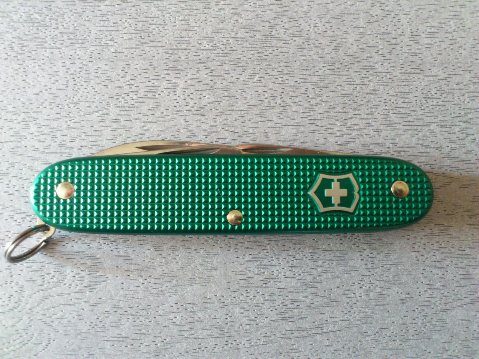 Mario S Swiss Army Knives Victorinox Green Alox
