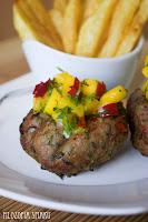 (Tajskie burgery z salsą z mango