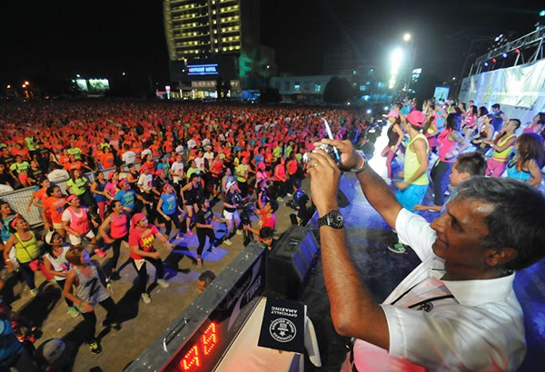 Cebu achieves World Largest Zumba Class record
