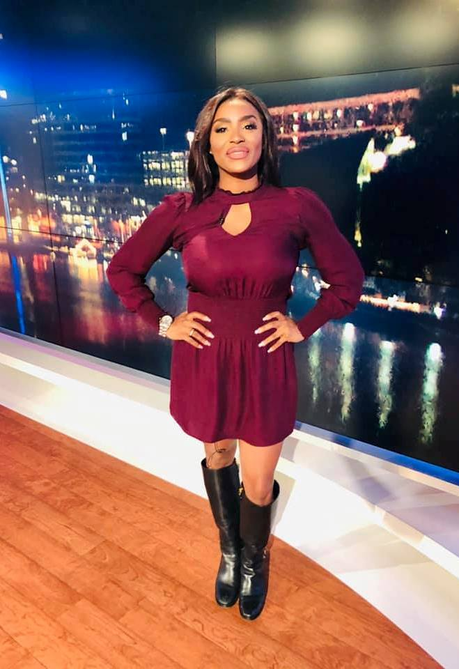 THE APPRECIATION OF BOOTED NEWS WOMEN BLOG : nicole baker