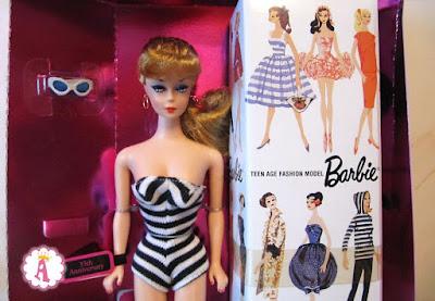 Кукла барби самая первая в истории фирмы Mattel