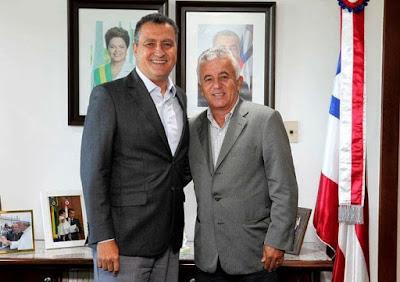 ALAGOINHAS: Pré-candidatura de Paulo Cezar acende a luz vermelha para muitos candidatos