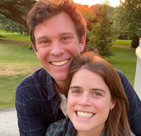 Princess Eugenie got married to Jack Brooksbank with a religious wedding ceremony. They met in Verbier. Princess Beatrice