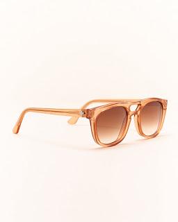 Sonnenbrille mit verlaufsgetönten Gläsern