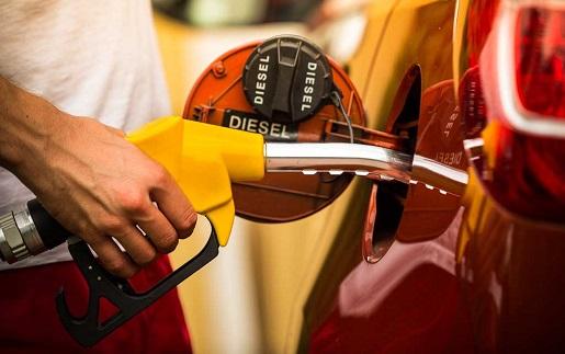 Cómo conseguir un descuento en carburante del 6% en Repsol, Campsa y Petronor