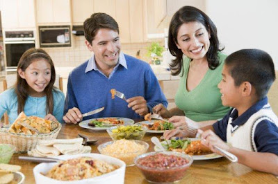 The Benefits of Families That Eat Together - El Paso Chiropractor