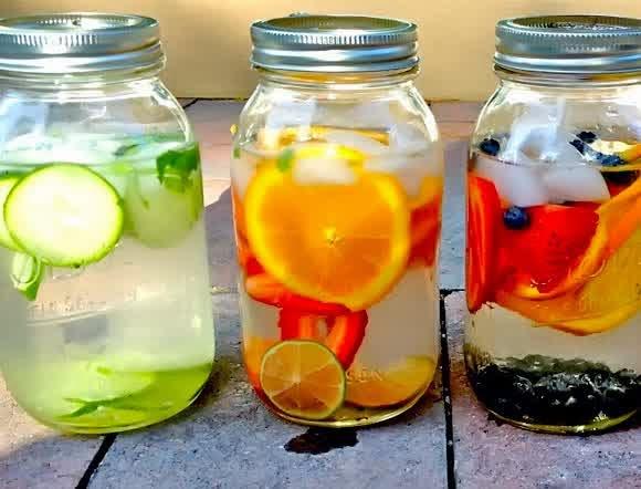 Infused Water Okra + Lemon