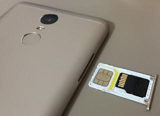 Cara Pasang Sim Card dan Micro SD Secara Bersamaan di HP Xiaomi