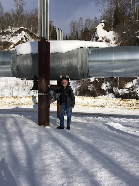 Resident Astronomer at TransAlaska Pipeline (Source: Palmia Observatory)