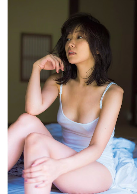 階戸瑠李 Shinato Ruri Beautiful Nude Photos
