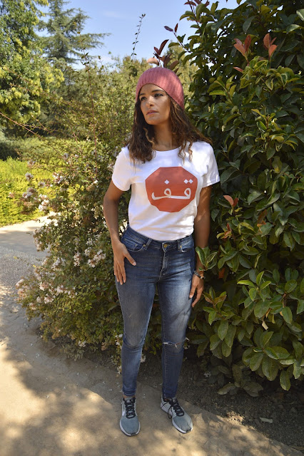 Koszulki ze sklepu Hibisco Petalo z moimi nadrukami. Jak naprawdę wyglądają.