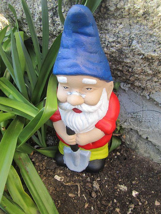 Mis manualidades y aficiones pintando y restaurando figuras de jardin - Mi jardin con enanitos ...